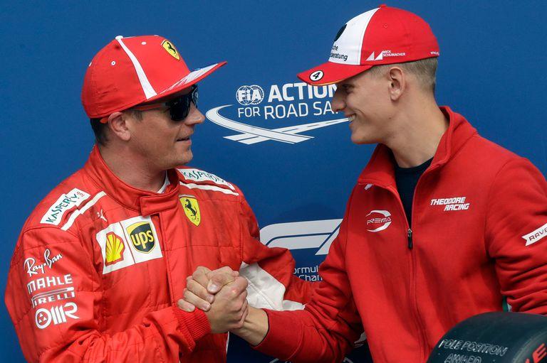 Raikkonen y una visita especial en Monza: la de Mick Schumacher, hijo de Michael