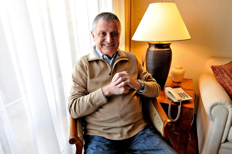 """Gino Renni, acusado de abuso por su ex compañera en el """"Cantando por un sueño"""""""