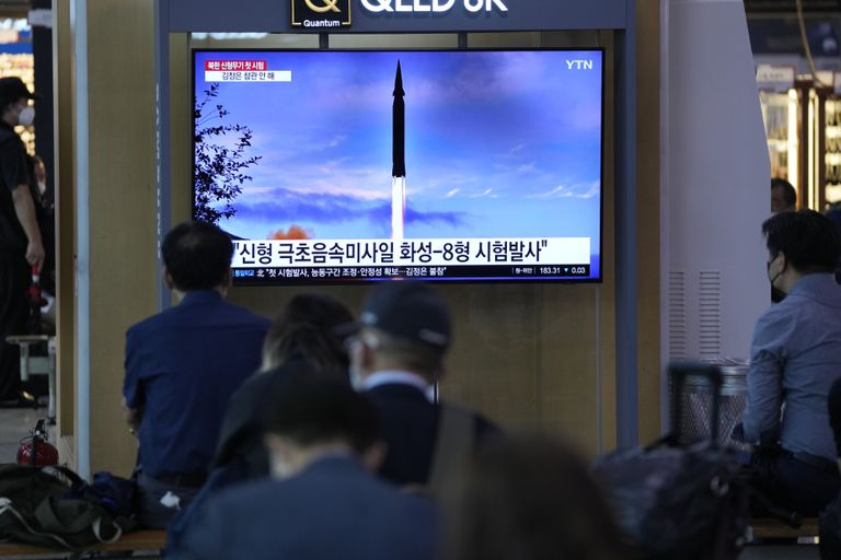 Corea del Norte entra en la carrera por el nuevo misil hipersónico tras una prueba exitosa