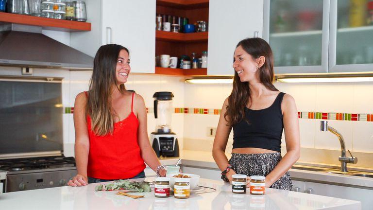 Empezaron a hacer mantequillas veganas en sus casas y hoy facturan millones