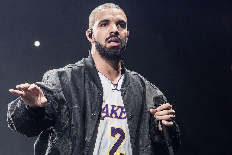 Playlist: Drake, Ciro y los Persas, The 1975 y más