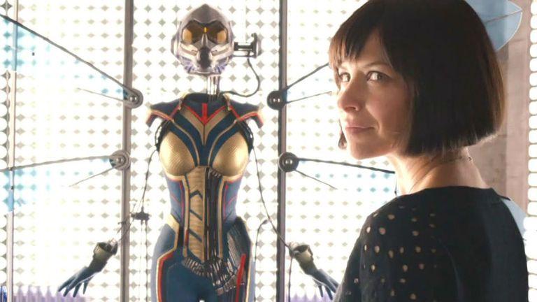 El traje de la Avispa al final del primer film