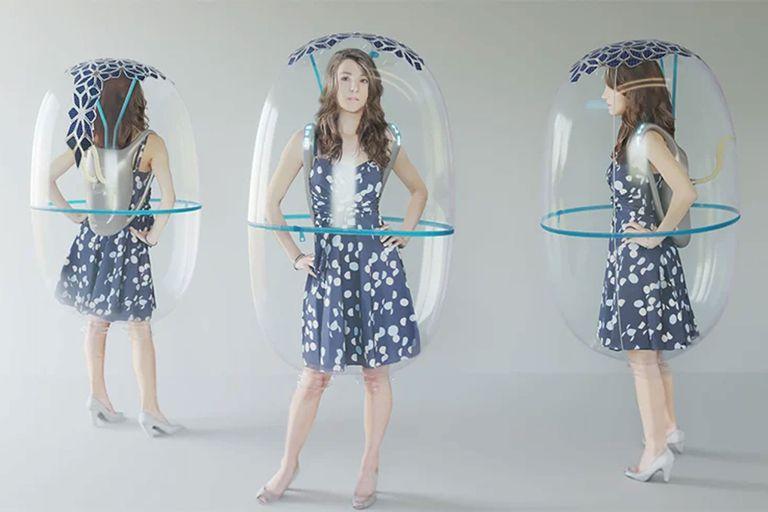 Crean una burbuja anti coronavirus para salir a caminar durante la pandemia
