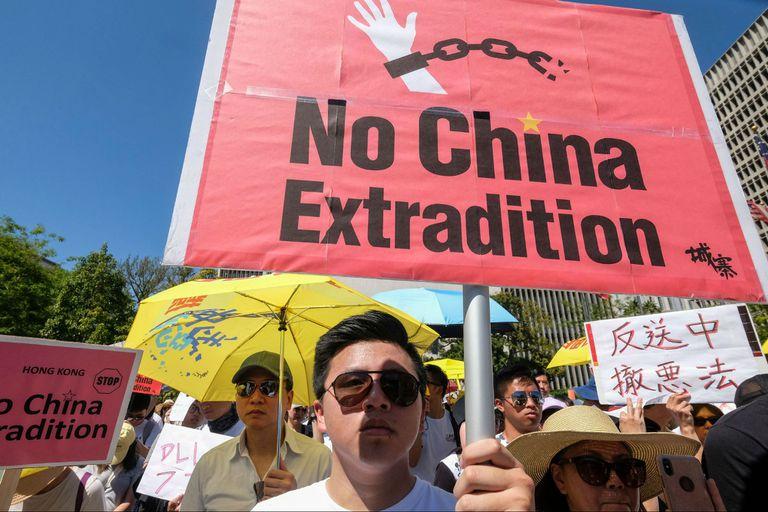 Los manifestantes piden en Hong Kong que no se apruebe una ley que permitiría la extradición a China continental