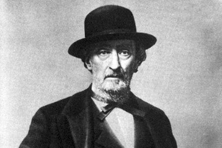 Bartolomé Mitre y su accesorio infaltable: el tradicional sombrero negro que le cubría la frente