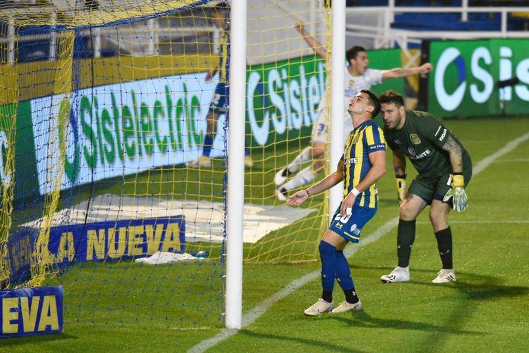 El gol de Boca, en el final, más allá de que fue en contra y respaldado en los jóvenes