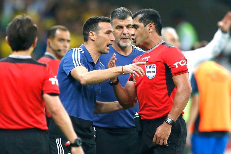Copa América: AFA vuelve a reclamar por el VAR y Conmebol no entrega los audios