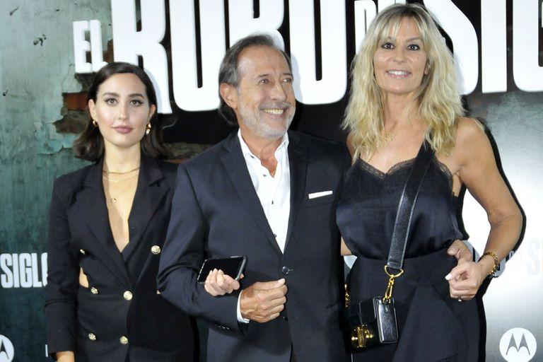 Guillermo Francella, feliz junto a su mujer María Inés Breña y su hija actriz, Johanna