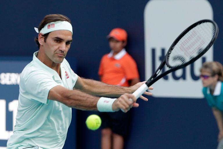 Roger Federer revirtió el marcador y se impuso al resistente jugador moldavo