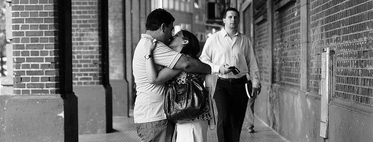El amor. Del deslumbramiento primero a la emoción que persiste