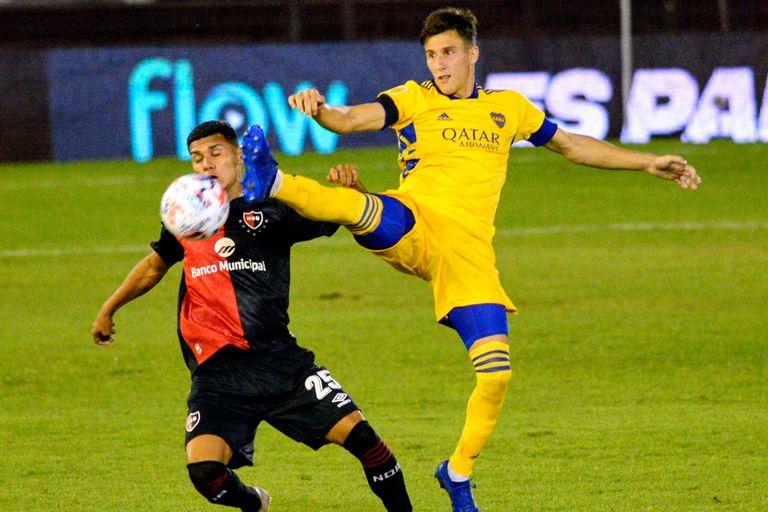 Capaldo debutó como lateral derecho y cumplió una buena actuación frente a Newells