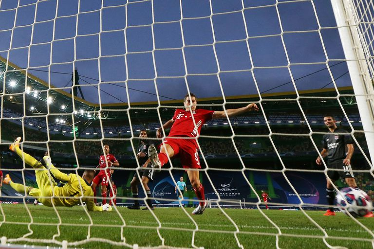 Robert Lewandowski buscó su gol de principio a fin