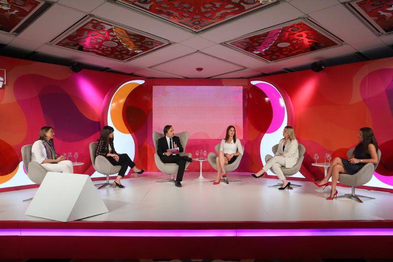 El encuentro Mujeres Líderes se desarrolla en el Hotel Four Seasons