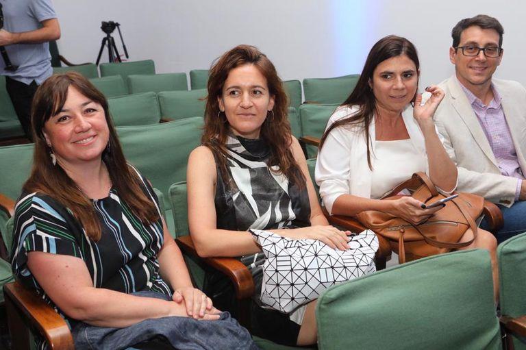 Jesica Rizzo (jefa de Arte), Florencia Abd (diseñadora), Florencia Fernández Blanco (jefa de Proyectos Especiales) y Juan Pablo Sioffi (Editor jefe de Audiencias)