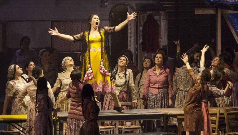 Un momento de 'Carmen', en la Opera de Firenze