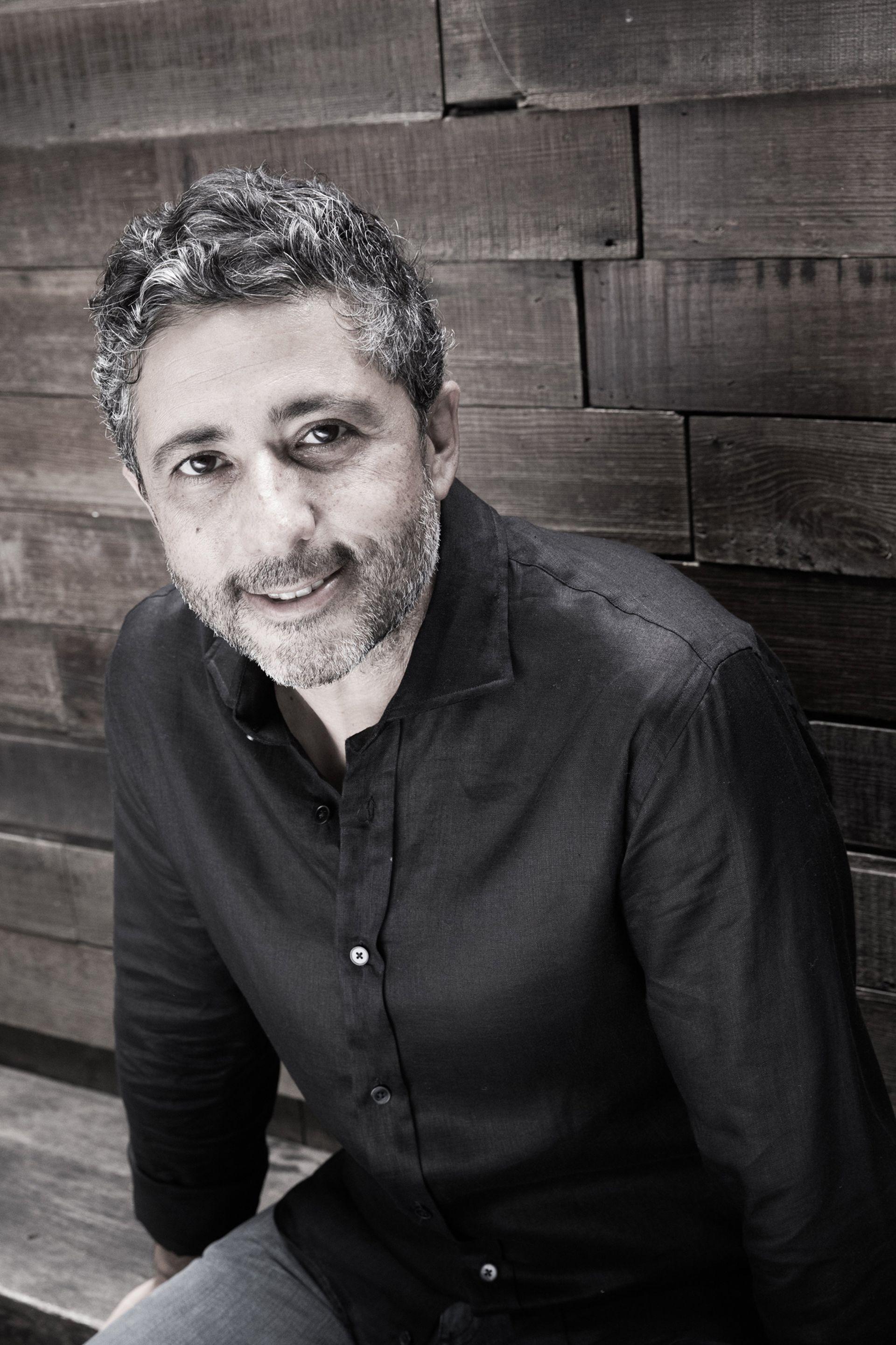 """Papon Ricchiarelli: """"Estamos ante una industria que es mucho más amplia de cómo se la está mirando. Esta es la industria de la comunicación, de las ideas y la generación de contenido. Claro, incluye el ecosistema digital. Se trata de desarrollar un vínculo entre las personas y la marca, y esto lo hacen desde una productora de cine hasta una agencia in house"""""""