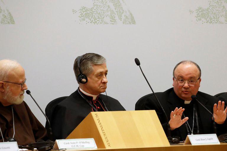 La homosexualidad en el sacerdocio, otro debate soterrado que divide la cumbre