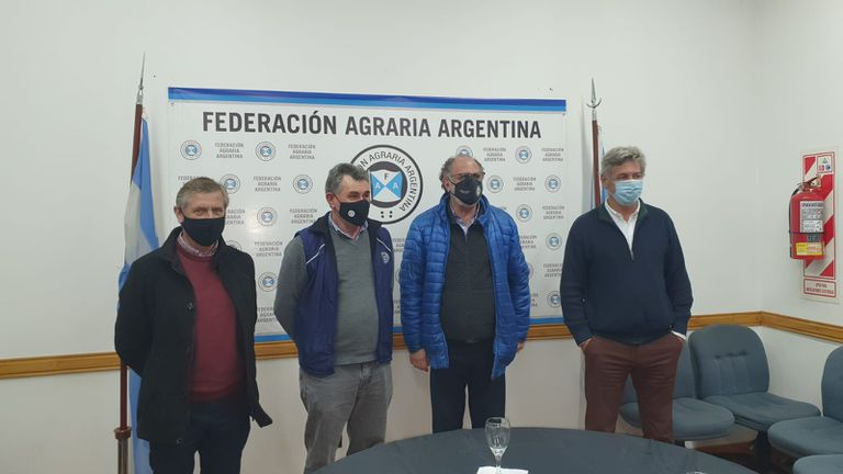 Elbio Laucirica (Coninagro), Carlos Achetoni (FAA), Jorge Chemes (CRA) y Nicolás Pino (SRA)