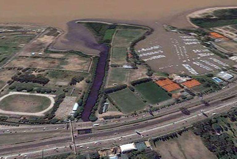 ¿Adiós a los clubes? Tres sedes históricas de Núñez están al borde del desalojo