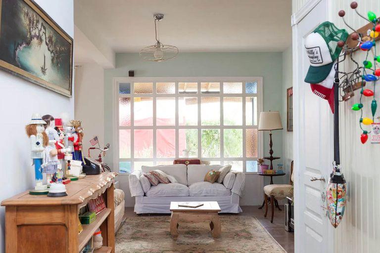 Uno de los cálidos ambientes que se pueden ver en la web de Casa Chaucha.