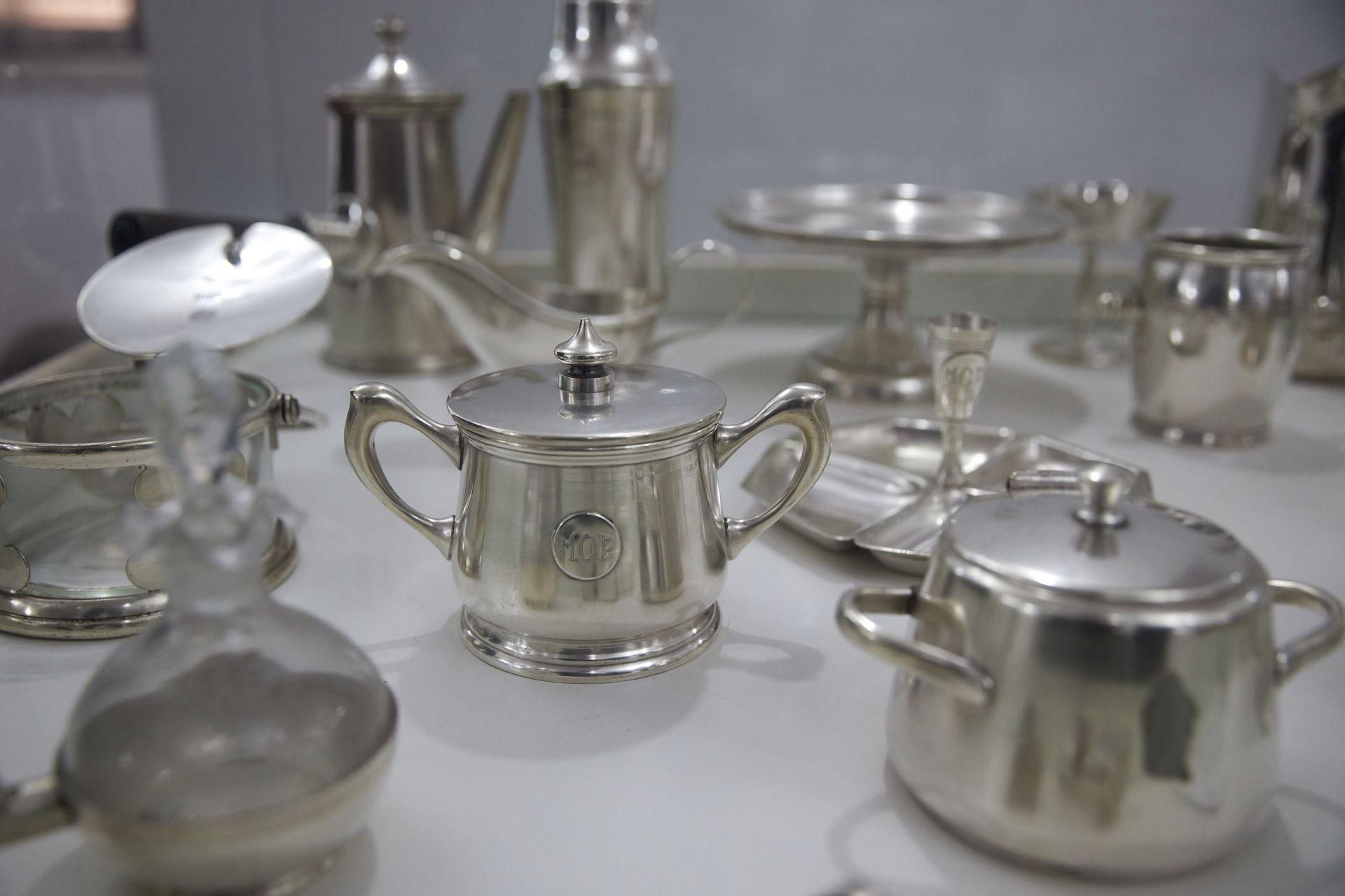 Vajilla que se usaba en los hoteles décadas atrás, Museo Eva Perón de Embalse