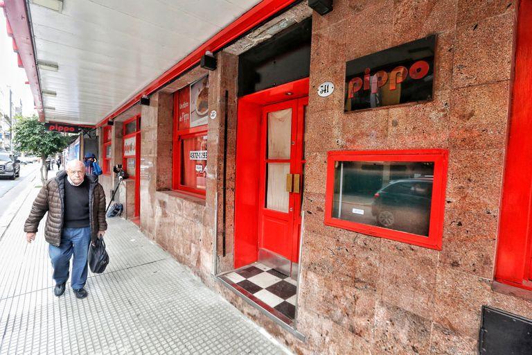 Coronavirus en la Argentina. Cerró uno de los dos locales del histórico restaurante Pippo