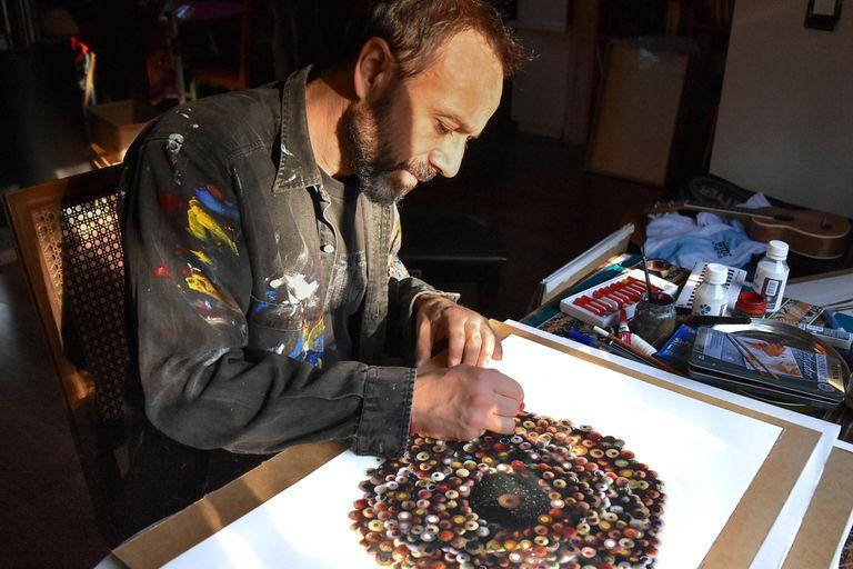 Yo lo pinto, yo lo vendo: artistas-galeristas, de los dos lados del mostrador