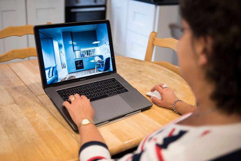 Apps, algoritmos y realidad virtual; la tecnología revoluciona al sector