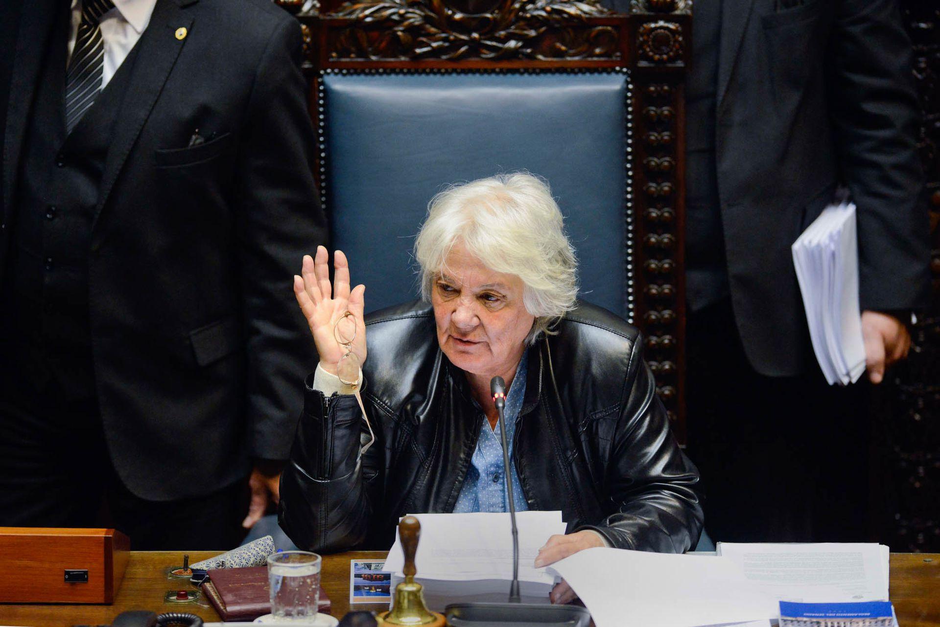 Topolansky asumió la vicepresidencia luego de la renuncia de Raúl Sendic
