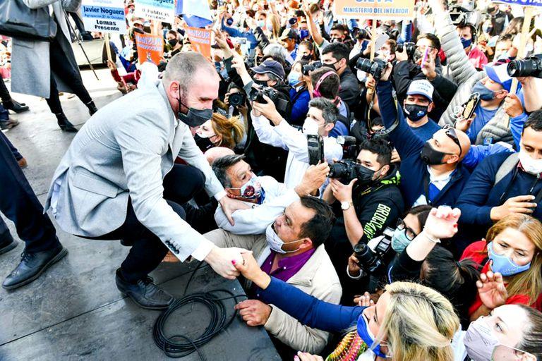 Martin Guzmán, en gira de campaña; lograr el acuerdo con el FMI es su gran objetivo de futuro