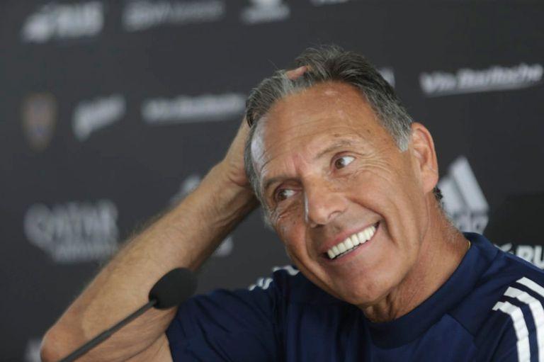 El entrenador de Boca, Miguel Angel Russo, en conferencia de prensa