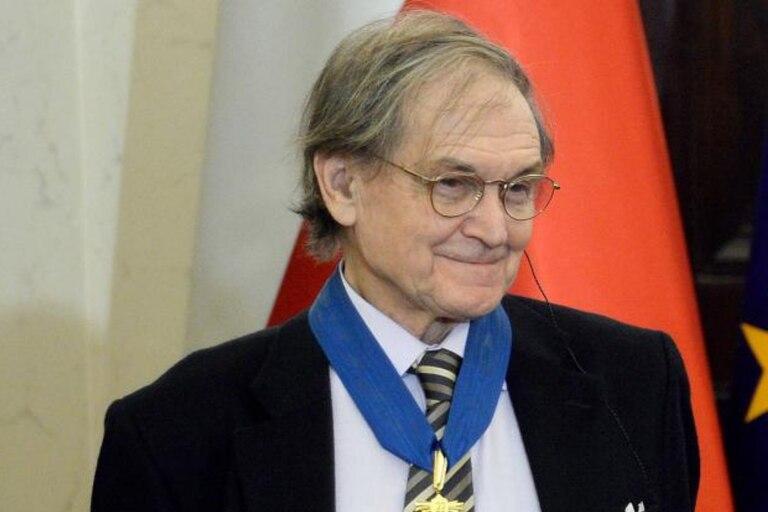 """La propuesta de Roger Penrose -que ganó el Premio Nobel de Física en 2020- y de Stuart Hameroff se llama teoría de la """"conciencia cuántica"""""""