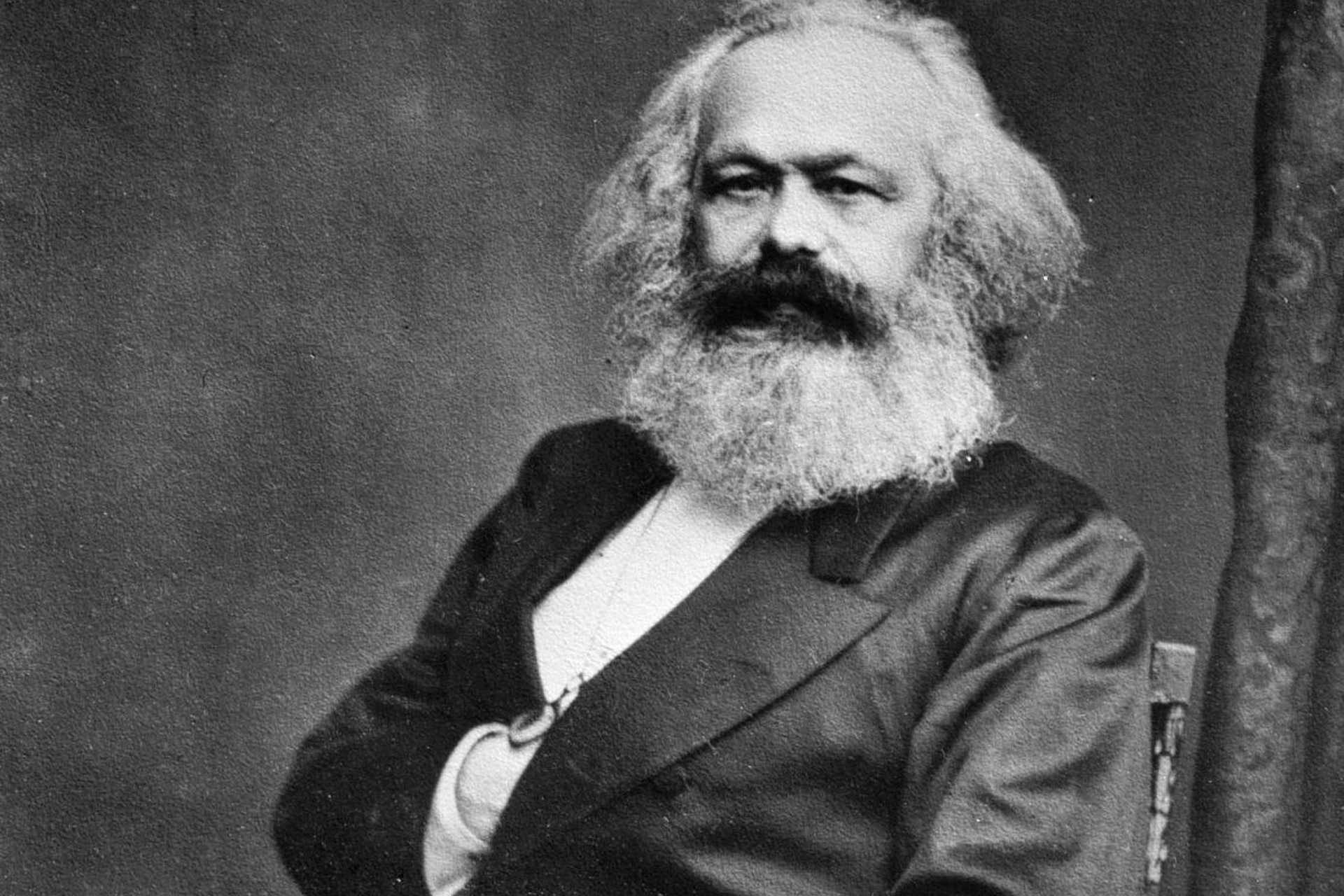 Karl Marx: Foto de John Jabez Edwin Mayal - International Institute of Social History,