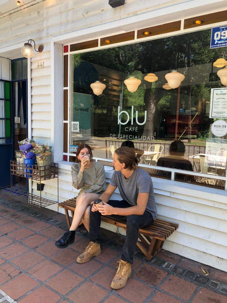 Blu café, Bajo de San Isidro