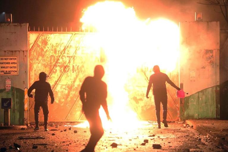 Disturbios anoche en Belfast, la capital de Irlanda del Norte