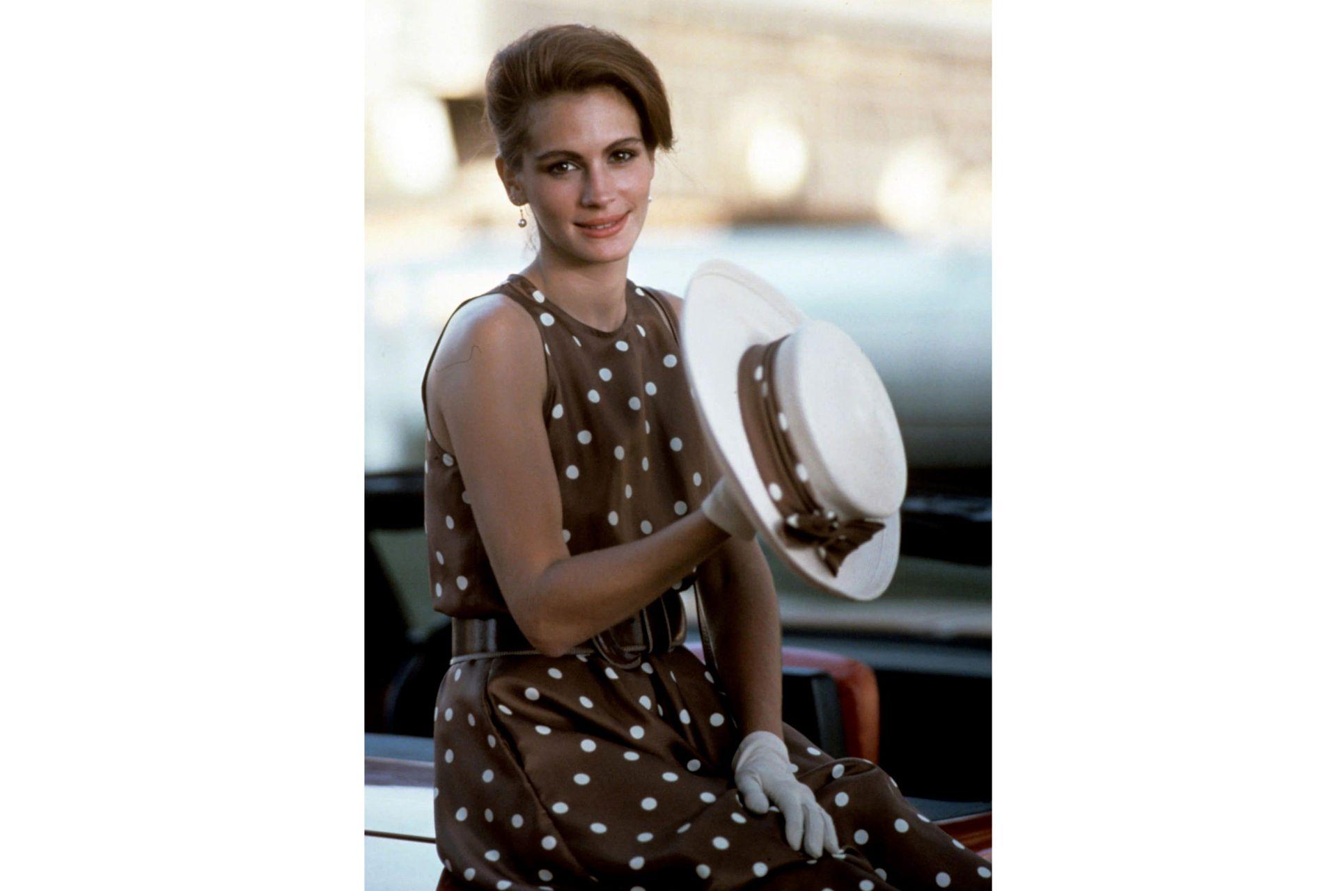 En Mujer bonita, el vestido a lunares del partido de polo