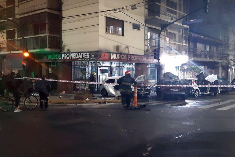Choque fatal en Flores, un auto se prendió fuego y una persona perdió la vida