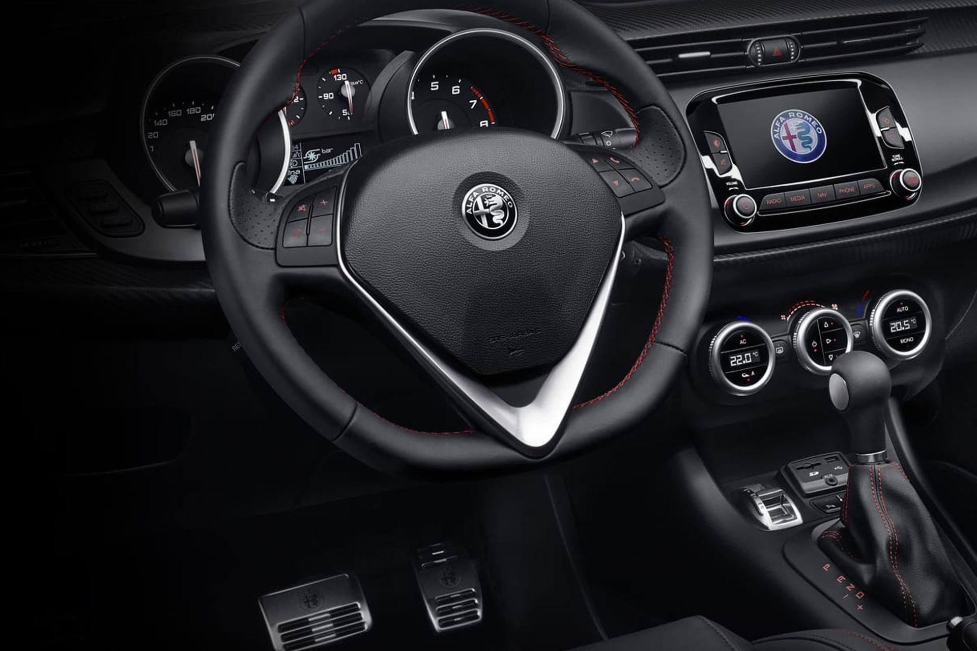 El Giulietta Veloce es un auto de calle, pero con prestaciones y dinámica para divertirse en un circuito.