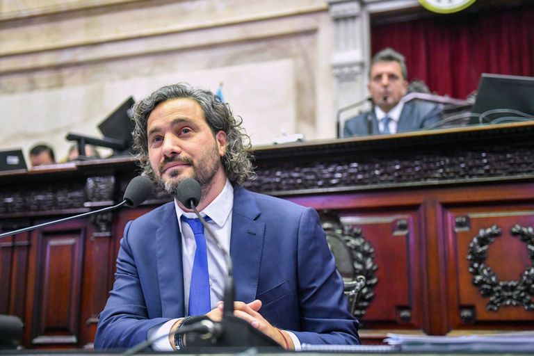 El jefe de gabinete Santiago Cafiero durante su presentación en el Congreso