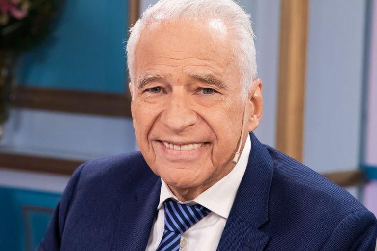 Alberto Cormillot se mostró conmovido al ver a sus hijos mayores hablar de la llegada de Emilio