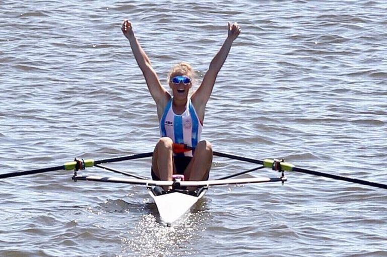 Sol Ordás obtuvo la medalla dorada en las aguas de Puerto Madero