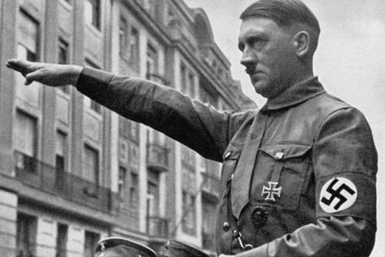 La bomba estalló a la hora señalada y mató a tantas personas como Elser había pensado, pero Hitler se había retirado del lugar 13 minutos antes de la explosión