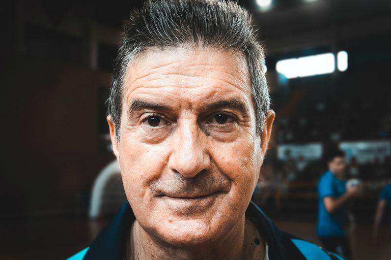 Manolo Cadenas, el entrenador de los Gladiadores del handball