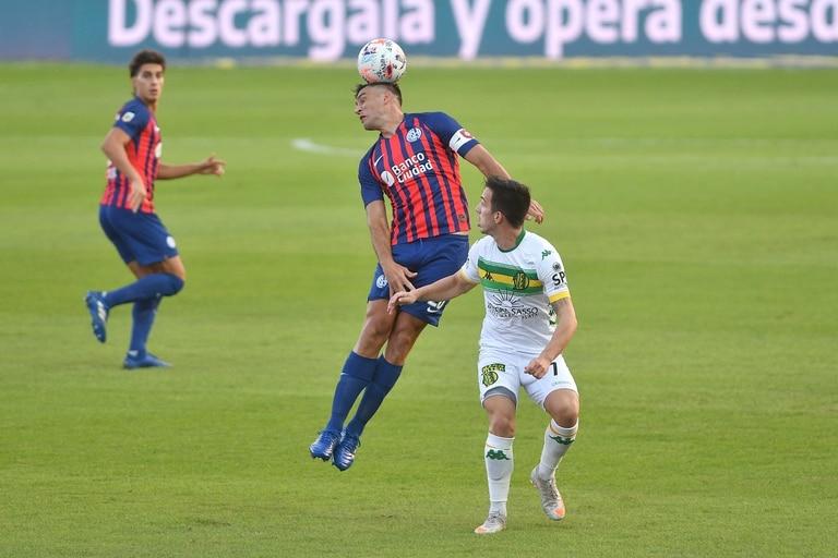 Escena del encuentro entre San Lorenzo de Almagro y cen el Nuevo Gasómetro por la sexta fecha de la Copa de La Liga.
