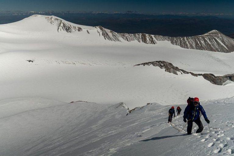 Khobe Clarke tuvo que prepararse para escalar montañas