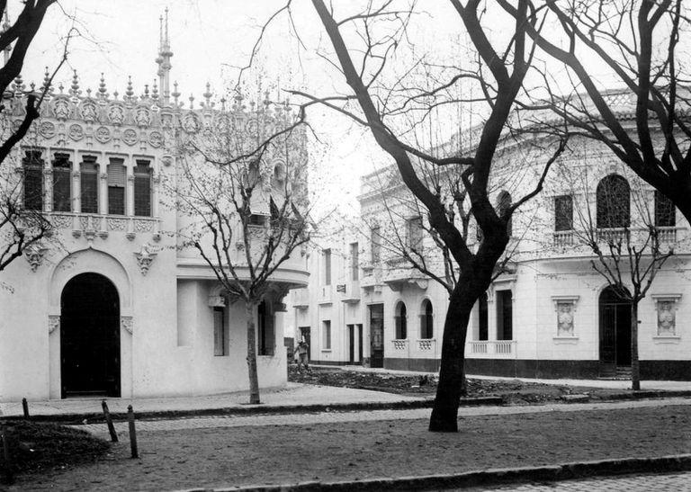 Carabobo y Pasaje Timbó, circa 1925