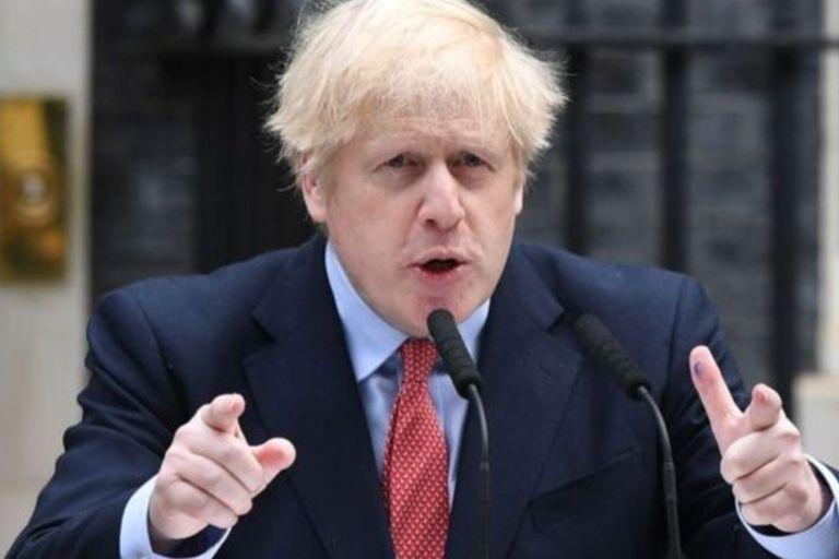 Insólito. Un asesor de Boris renunció por romper la cuarentena... con su amante