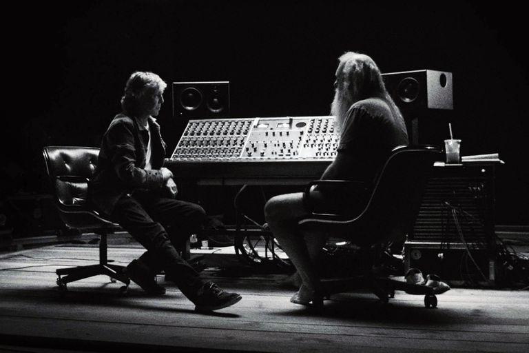 En una entrevista exclusiva con Rolling Stone, Paul McCartney y Rick Rubin cuentan cómo se hizo McCartney 3, 2, 1, repasan su historia en común y reflexionan sobre la música de los Beatles