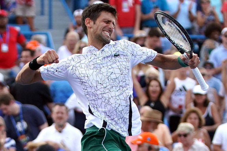 Djokovic venció a Federer en Cincinnati y completó su colección de Masters