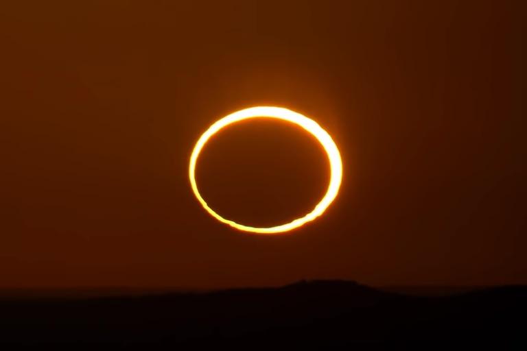"""Eclipse anular solar: qué es el """"anillo de fuego"""" y dónde se podrá ver"""